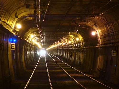 Twin_Peaks_Tunnel-2